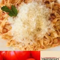 Tomatensauce mit Butter und Zwiebeln